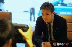 Takeru sato in Singapore >< Suupaa Japan