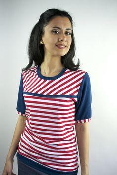 Sweatshirts - Shirt Streifen rot weiß Baumwolle - ein Designerstück von JAQUEEN-handmade-streetwear-berlin bei DaWanda