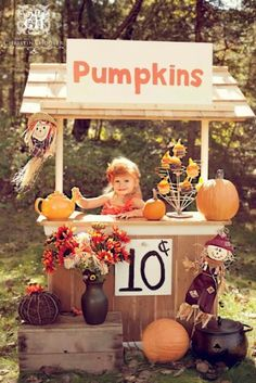 21 Fall Pumpkin Stands For Outdoor And Indoor Décor | DigsDigs