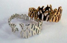 3D printed jewelry inspired by the shapes of human chromosomes