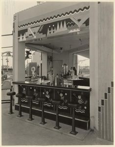 Art Deco snack bar at Wilshire Links Golf Course owned by Mary Pickford. 1928...vintage Los Angeles photo