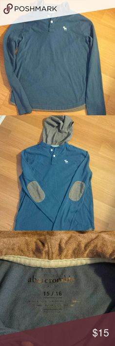 Boys Abercrombie Shirt Like new boys Abercrombie long sleeve shirt. Blue with gray hood and gray patches on sleeve at elbows, 2 buttons abercrombie kids Shirts & Tops Tees - Long Sleeve