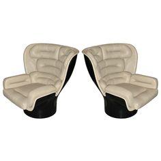 Joe Colombo Elda chairs/thrones!