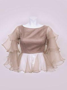 Blouse design models in 2019 blouse designs, blouse, designer Sari Blouse Designs, Designer Blouse Patterns, Fancy Blouse Designs, Bridal Blouse Designs, Kurta Designs, Sleeves Designs For Dresses, Stylish Blouse Design, Indian Fashion Dresses, Stylish Dresses