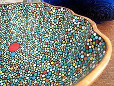 Google Image Result for http://ajoureblog.com/wp-content/uploads/2011/02/Bocketstore-seashell-painted-dots-bowl2.jpg