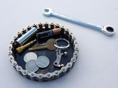 Handmade Father's Day Gift Idea - Bike Chain Office Organizer / Nightstand Catch All