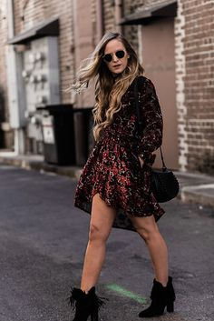Get this look: http://lb.nu/look/8616663  More looks by Shannon Jenkins: http://lb.nu/upbeatsoles  Items in this look:  Antonio Melani Fringe Booties, Ray Ban Round Sunglasses   #edgy #romantic #street
