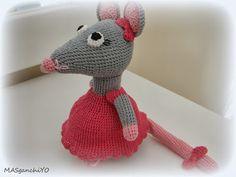 Ratita amigurumi de crochet
