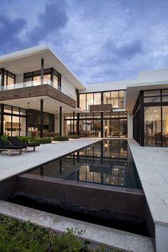 Modern Exterior House Designs, Design Exterior, Modern House Design, Post Modern Architecture, Architecture Design, Building Renovation, Village House Design, American Houses, Modern Mansion