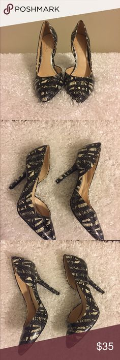 Shop Women's BCBG Paris size Heels at a discounted price at Poshmark. Description: BCBG Paris Heels / NWOT Black and white pattern 4 inch heel Gorgeous! Paris Black And White, 4 Inch Heels, White Patterns, Shoes Heels, Sexy, Womens Fashion, Closet, Things To Sell, Style