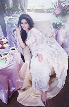 Bollywood, Tollywood & Más: Sonam Kapoor Photoshoot for Shehla Khan