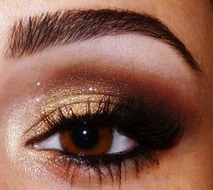 gold eye for bridesmaids--- right colors... not so severe