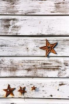 How to Paint Shabby Chic Wood ... nice for my headboard in a darker colour