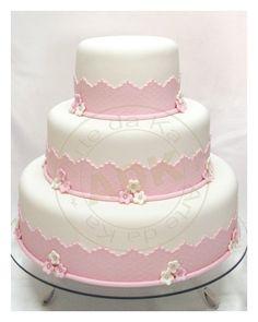 Bolo branco e rosa Fondant Rose, Fondant Cakes, Cupcake Cakes, Car Cakes, Fondant Baby, Fondant Flowers, Fondant Figures, Girly Cakes, Fancy Cakes