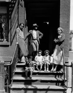 © Berenice Abbott -- a family, maybe part of her great project about NYC?