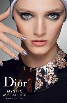 Prata é destaque da Dior Beauty - Fall/Winter 2013.14 #silver