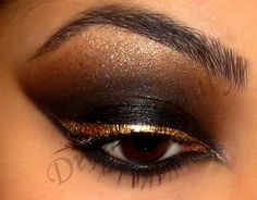 Black Smokey Eye with Gold Liner! :) reminds me of an Egyptian Queen Makeup Tips, Beauty Makeup, Hair Beauty, Punk Makeup, Hair Makeup, Gold Liner, Black Smokey Eye, Gold Eyes, Makeup Designs