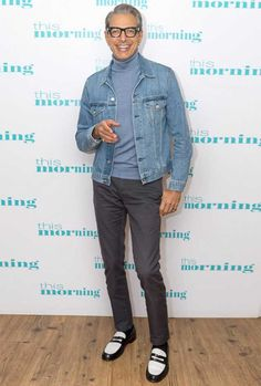 12 Celebridades que Acertaram no Look Casual Smart Casual Outfit, Stylish Mens Outfits, Men Casual, Casual Outfits, Denim Jacket Fashion, Denim Jacket Men, Fashion Moda, Mens Fashion, Best Dressed Man