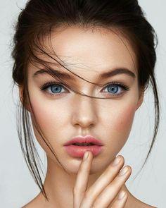 : Tamara Williams Model: Dasha Sergeeva