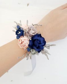 Beautiful wedding floral wrist corsage in blue navy, blush and gray color. Size cm/ I am happy to customize this item so that it will work with your event. Send me your color theme or ideas and I will give you some suggestions. Blue Corsage, Prom Corsage And Boutonniere, Bridesmaid Corsage, Navy Bridesmaids, Flower Corsage, Corsage Wedding, Wrist Corsage, Bridal Bouquets, Navy Blush Weddings