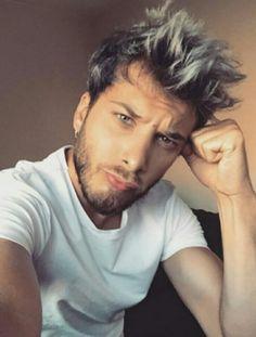 Blas Cantó :) Auryn, Sexy Men, Crushes, Dreadlocks, Actors, Instagram, Hair Styles, Music, Mens Tops