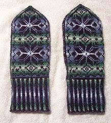 Ravelry: Nordic Mittens pattern by Beth Brown-Reinsel
