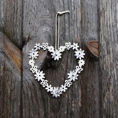 ♡ Your Heart is Mine, Valentine ♡ metal daisy heart wreath Take Heart, I Love Heart, Your Heart, Heart Garland, Heart Wreath, Heart Crafts, Heart Decorations, Heart Art, Heart Shapes