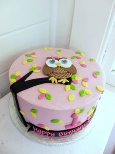 Owl Cake.... mara wants m polka dots in background. we will do apple sauce cake with cream cheese frosting.