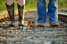Maternity, Baby, Boots, Country, Outdoors, Railroad Tracks, Photography. WWW.Facebook.com/ashleyvailsphotography