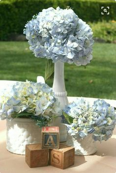 Baby boy blue flower decorations