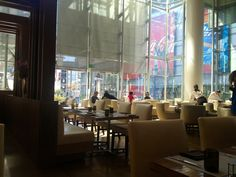 LA Market @ The Ritz- Carlton