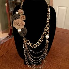 c65734680 VINTAGE GOLD , BRONZE, BLACK PRARL NECKLACE VINTAGE STATEMENT NECKLACE A  LOT GOING ON HERE ALL THE COLORS PEARLS ROSE BUDS BELLS THIS IS SPECTACULAR  Vintage ...