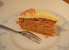 Vegan CooKing: Möhren-Nuss Kuchen mit Vanilla Frosting