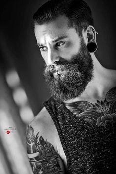 40 Perfect Beard and Hairstyle Looks For Men I Love Beards, Great Beards, Awesome Beards, Epic Beard, Full Beard, Moustaches, Hairy Men, Bearded Men, Men Beard