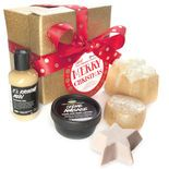 Merry Christmas gift: This is a box of decadent bath, shower and body products for the shining star in your life. Included are three of our year-round luxuries, including our rich Crème Anglaise body lotion with the warm vanilla fragrance of the French dessert. We've also added Golden Wonder Bath Bomb, an iridescent gift for your tub and our holiday classic, the creamy almond-icing scented Snowcake soap. LUSH indulgence, wrapped up in a glittering golden box!