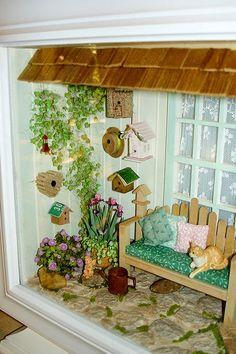Good Sam Showcase of Miniatures: Exhibit: Olie's Tweet Shop