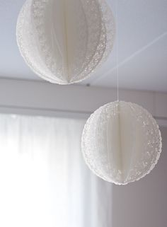 papierball aus tortendeckchen * dekoration selber machen * diy deko