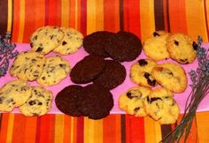 t 17 ropogós változat kekszre. Cookie Recipes, Cookies, Desserts, People, Recipes For Biscuits, Crack Crackers, Tailgate Desserts, Deserts, Biscuits