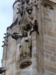 Tour Saint-Jacques - http://diretodeparis.com/subindo-na-tour-saint-jacques-e-vendo-paris-de-um-novo-angulo/