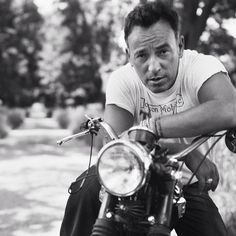 """Talk about a dream, try to make it real."" - Bruce Springsteen on a Triumph T100.  #BruceSpringsteen #theboss #music #bornintheusa #vintagemotorcycles #musician #telecaster #songwriter #halloffame #rockabdroll #borntorun #triumphmotorcycles #t100 #boneville #springsteen #Padgram"