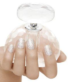 designs para unhas artisticas para noivas - E pra adotar o glitter de vez, deixe o ombré de lado e use o glitter em toda a extensão da unha!