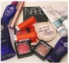 Win #Beauty goodies ^_^ http://www.pintalabios.info/en/fashion_giveaways/view/en/1920 #International #MakeUp #bbloggers #Giveaway