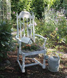 Bellas Rose Cottage: Vintage Chair Planter...