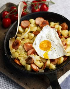 Pyttipannu (fried egg, potatoes, onion and sausage)