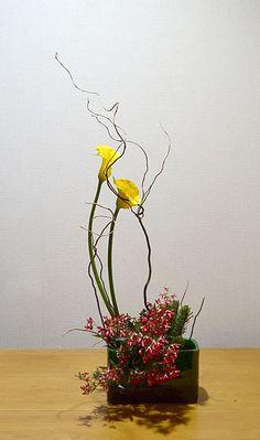 Christmas  Ikebana arrangement by Aya Sogetsu school of ikebana