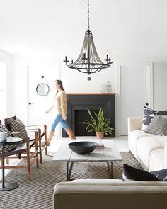 12 Rustic Living Room Design Ideas You Should Check Out - white modern rustic living room Elegant Home Decor, Elegant Homes, My Living Room, Living Room Decor, Dining Room, Small Living, Modern Living, Minimalist Living, Living Room Lighting