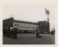 """Western ave side of of Cin."""" Fans wait in line outside the Western avenue side of Crosley Field for the opening game between the Cincinnati . Baseball Park, Reds Baseball, Cincinnati Restaurants, The Buckeye State, Cincinnati Reds, Dayton Ohio, San Francisco Giants, Old Pictures, Cathedral"""