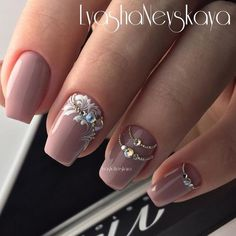Opting for bright colours or intricate nail art isn't a must anymore. This year, nude nail designs are becoming a trend. Here are some nude nail designs. Gorgeous Nails, Love Nails, Pretty Nails, Rhinestone Nails, Bling Nails, Rhinestone Nail Designs, Bridal Nails, Wedding Nails, Wedding Pedicure