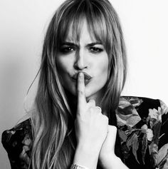 Happy Birthday Dakota Johnson - October 4th                                                                                                                                                                                 Mehr
