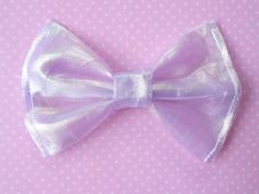 ♡ UNICORN KAWAII HAIR BOW♡   ☆ Bow is made of a sparkly, shiny fabric that resembles a unicorns horn!    ♡Measures 3 by 3.5 inches. ♡ Clips to hair
